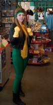 This Rogue costume makes me all 90s nostalgic.